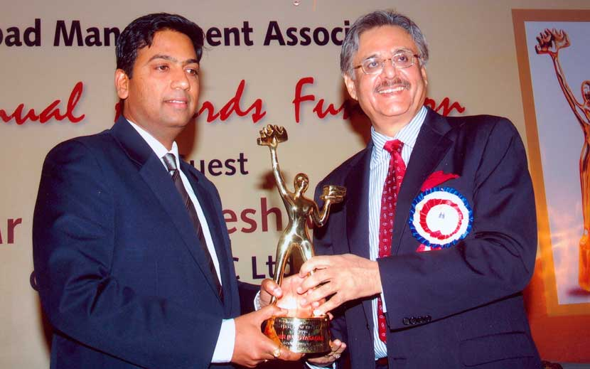 Entrepreneur of the year Award by HMA